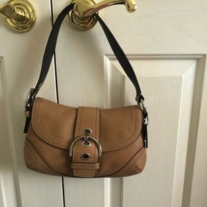 Tan Coach NWT Genuine leather handbag👜💕